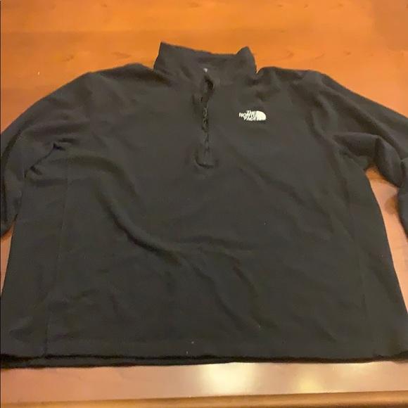 North Face 3/4 zip north face sweatshirt black